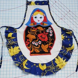 Russian Stacking Doll Full Apron Vintage Handmade